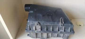 Mercedes W124 hava filtre kutusu